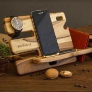 Деревянная подставка для смартфона Слайдер