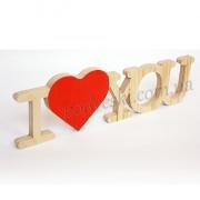 Надпись деревянная I love you