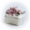 Шкатулка керамическая Лилии белая