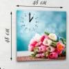 Настенные часы на натуральном холсте Букет тюльпанов