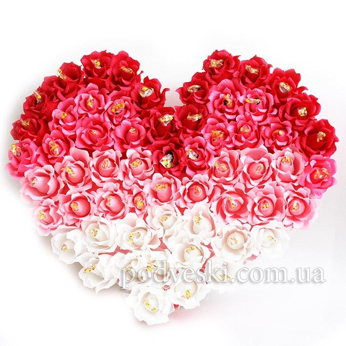 сердце из конфет подарок любимой 14 февраля